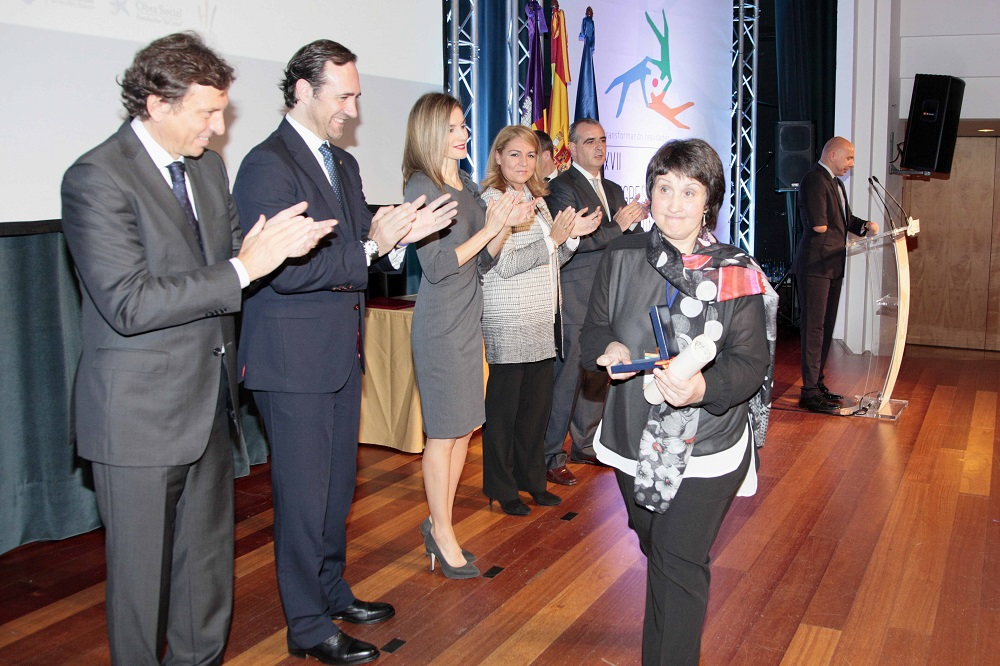 Gorabide premio estatal al voluntariado gorabide for Bbk oficina central bilbao