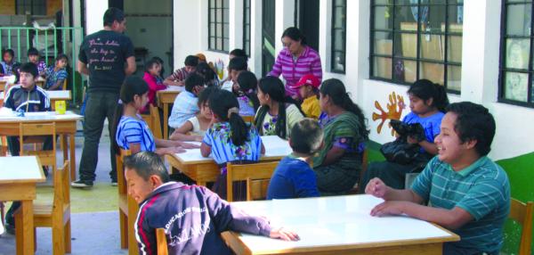 Donaciones de materiales para guatemala gorabide for Material de oficina bilbao